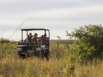 Ndaka safari lodge - game drive Nambiti