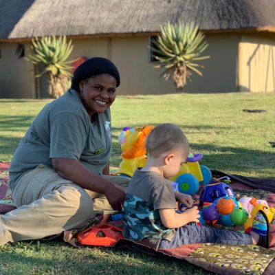 Ndaka safari lodge - kids at ndaka